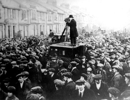 The large crowd at John Maclean's funeral, outside his home in Pollokshaws in 1923. Photo from the Glasgow Digital Library