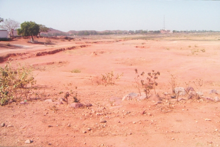 A dry lake during a huge drought in Bundelkhand; drought conditions persist. Photo by the author